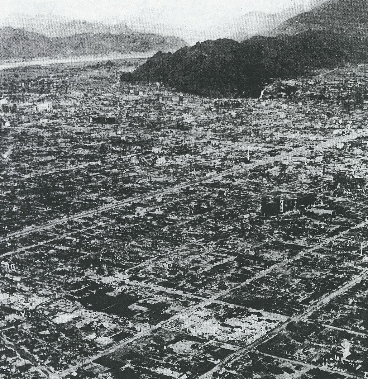 空襲直後の静岡市