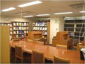 図書館(西館10階医局内)